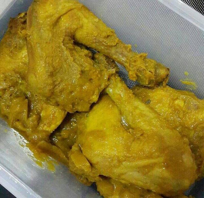 ayam-ungkep-bumbu-kuning