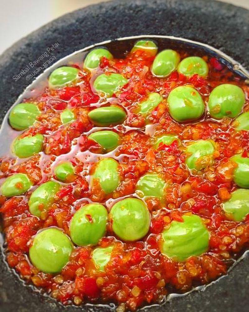 sambal-bawang-pete