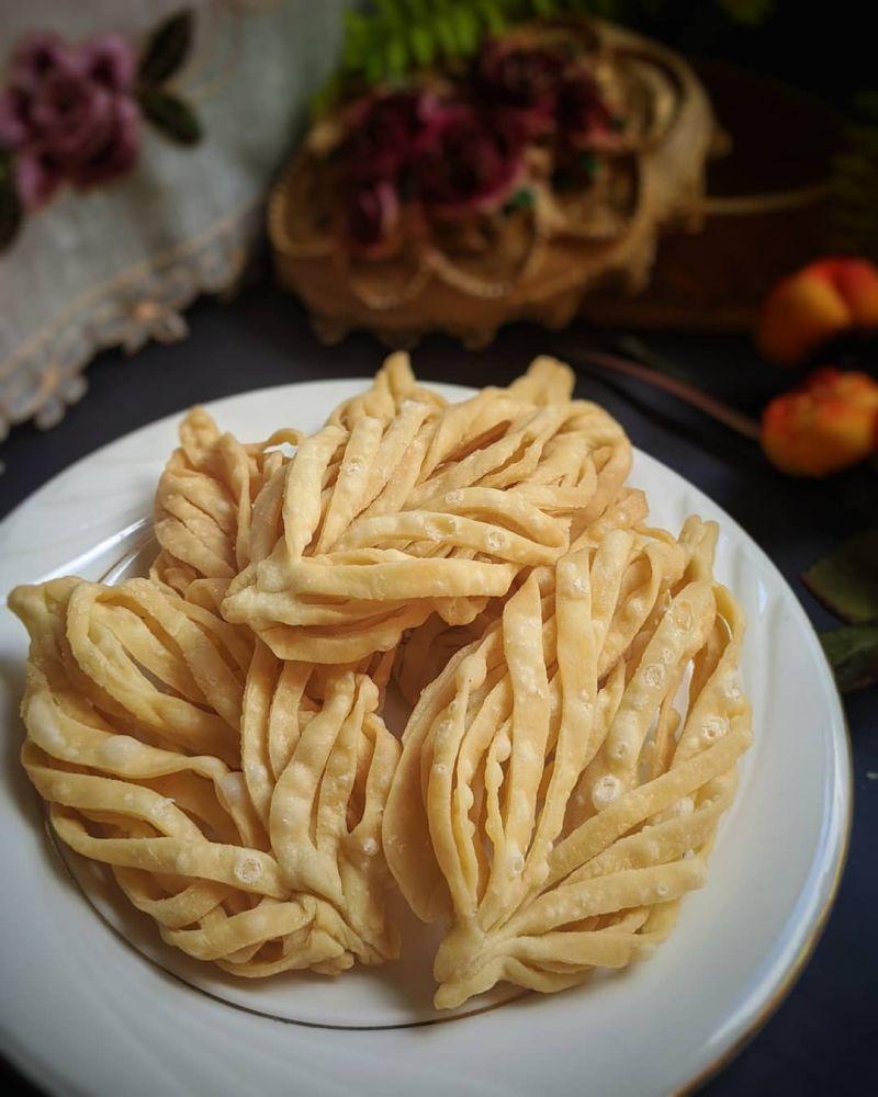 keripik-pangsit-daun