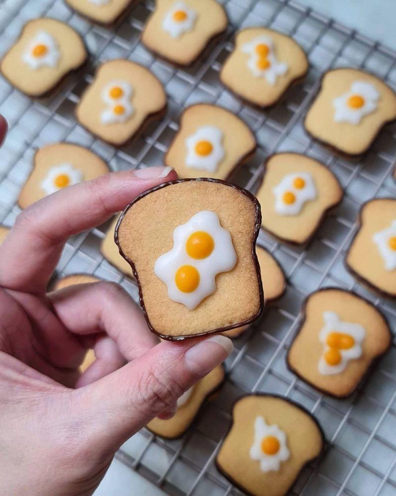 egg-toast-bread-cookies