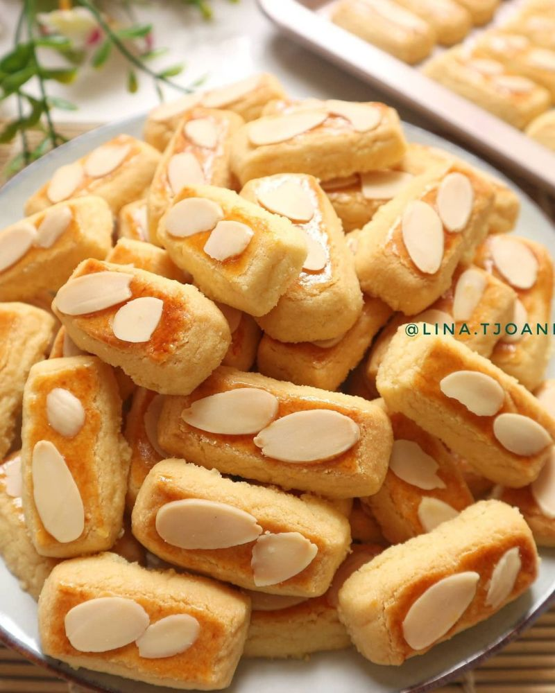 almond-cookies
