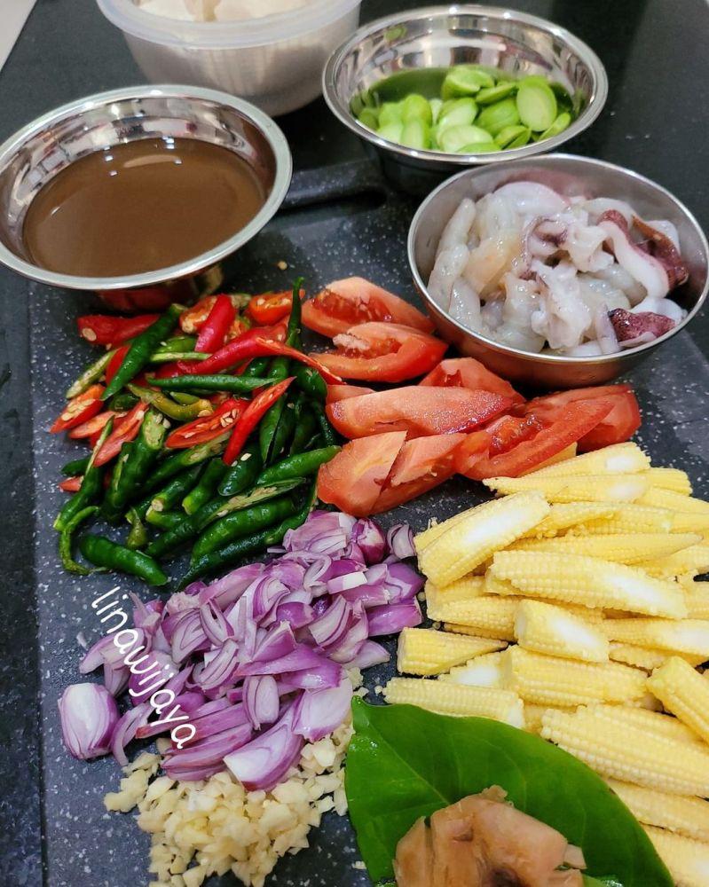 udang-mix-cumi-tauco